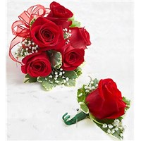 red-rose-corsage-boutonnieres-beautiful-for-prom-or-mothers-day